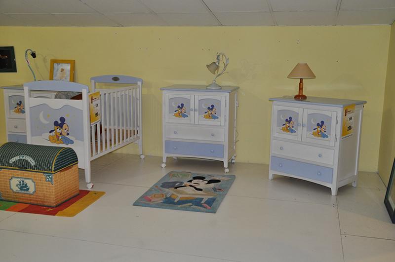 Muebles sarrias stand de muebles sarria en sevilla de - Muebles en crudo sevilla ...